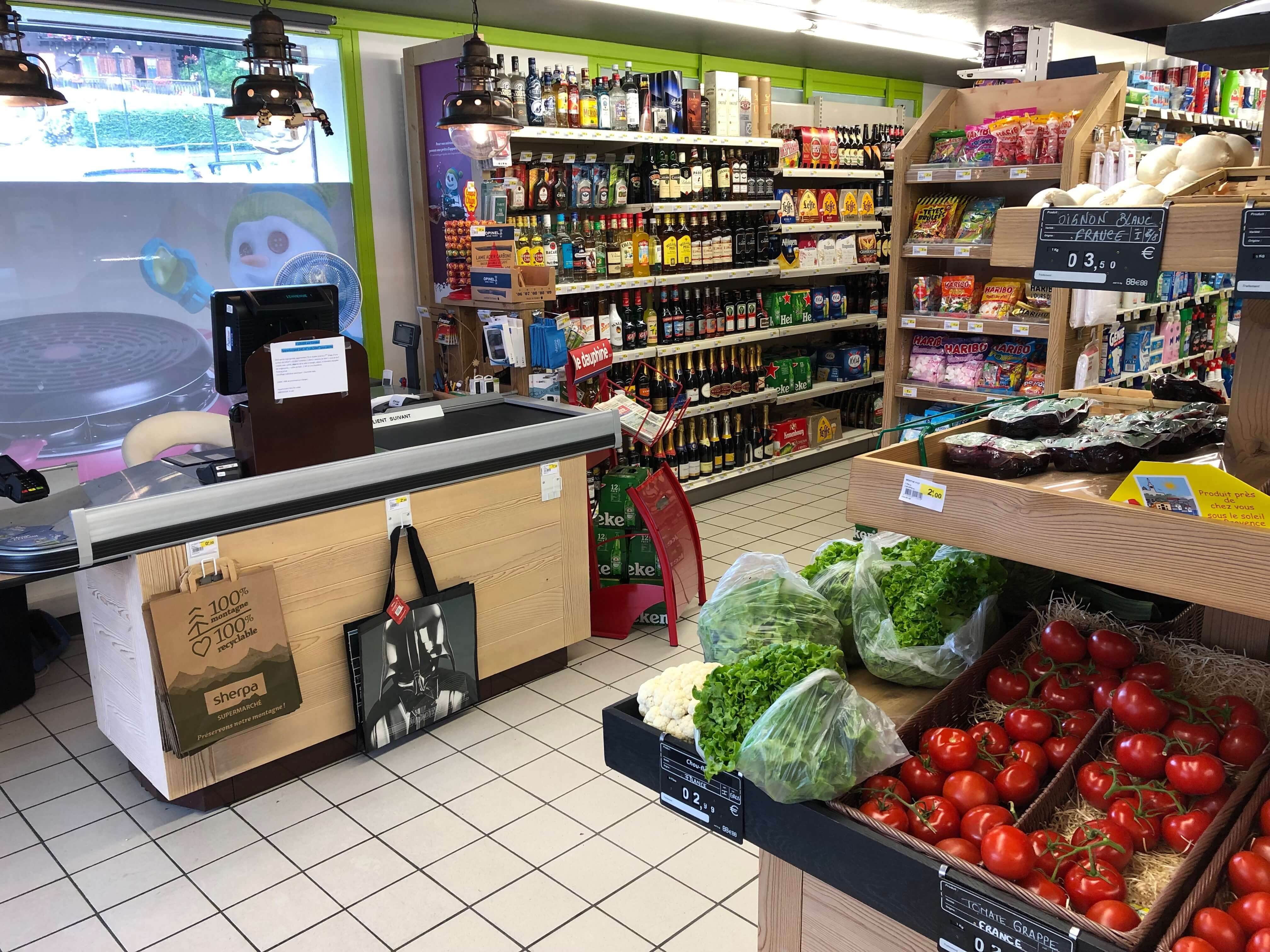 Sherpa supermarket Cordon checkout