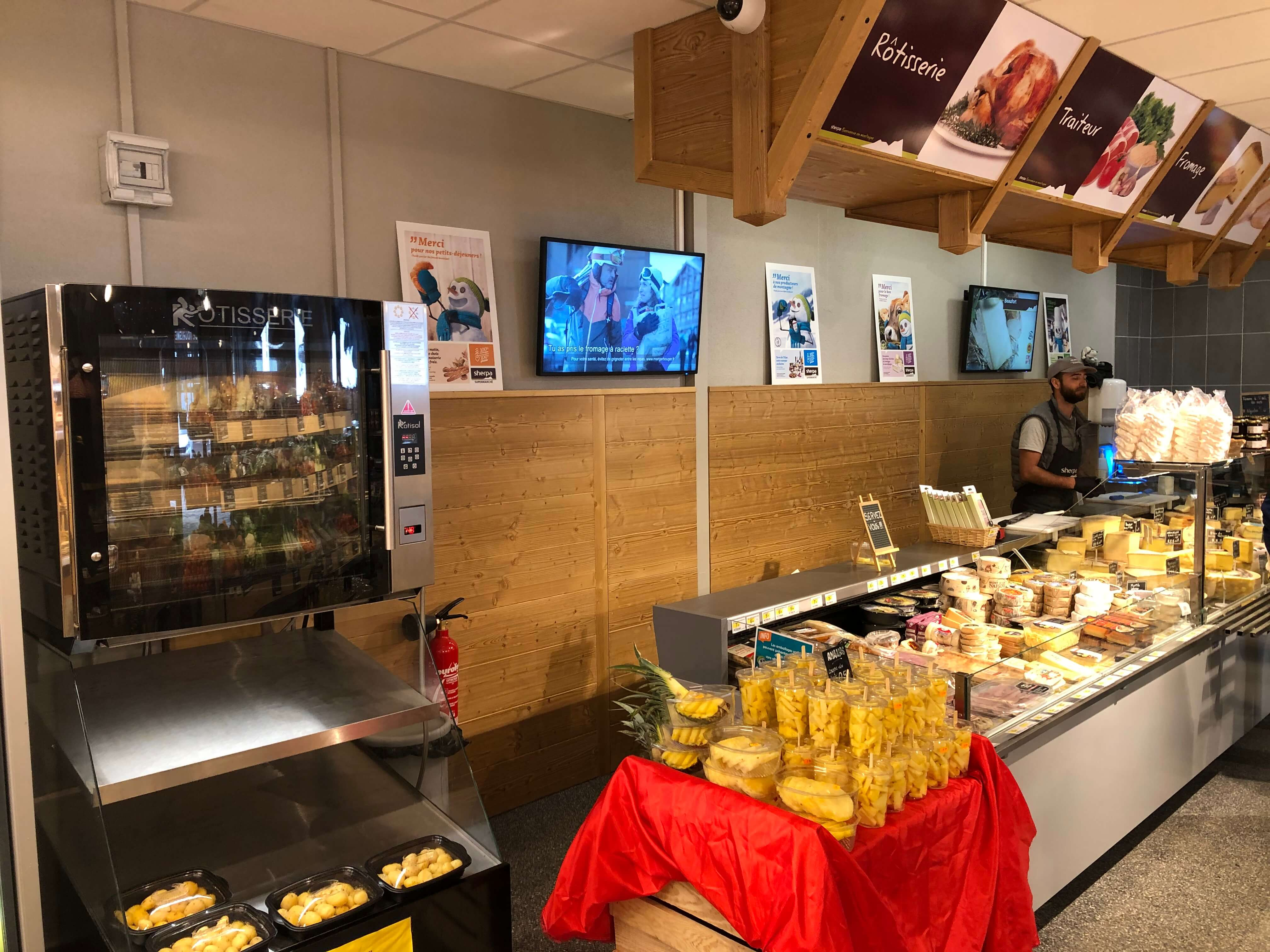 Sherpa supermarket Grand Bornand (Le) - Chinaillon cheese and butcher