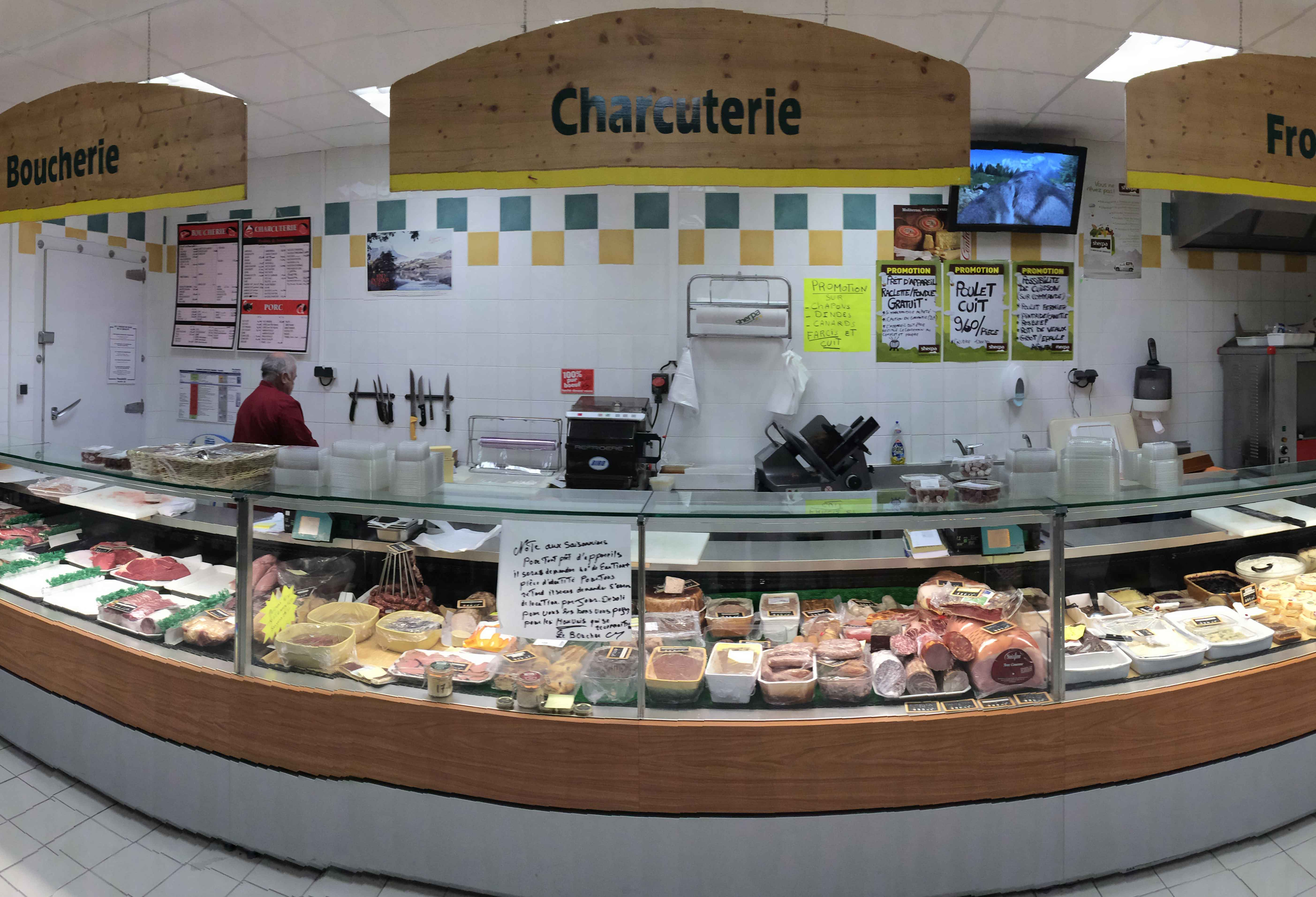 Sherpa supermarket Isola 2000 - les tavels cheese and butcher