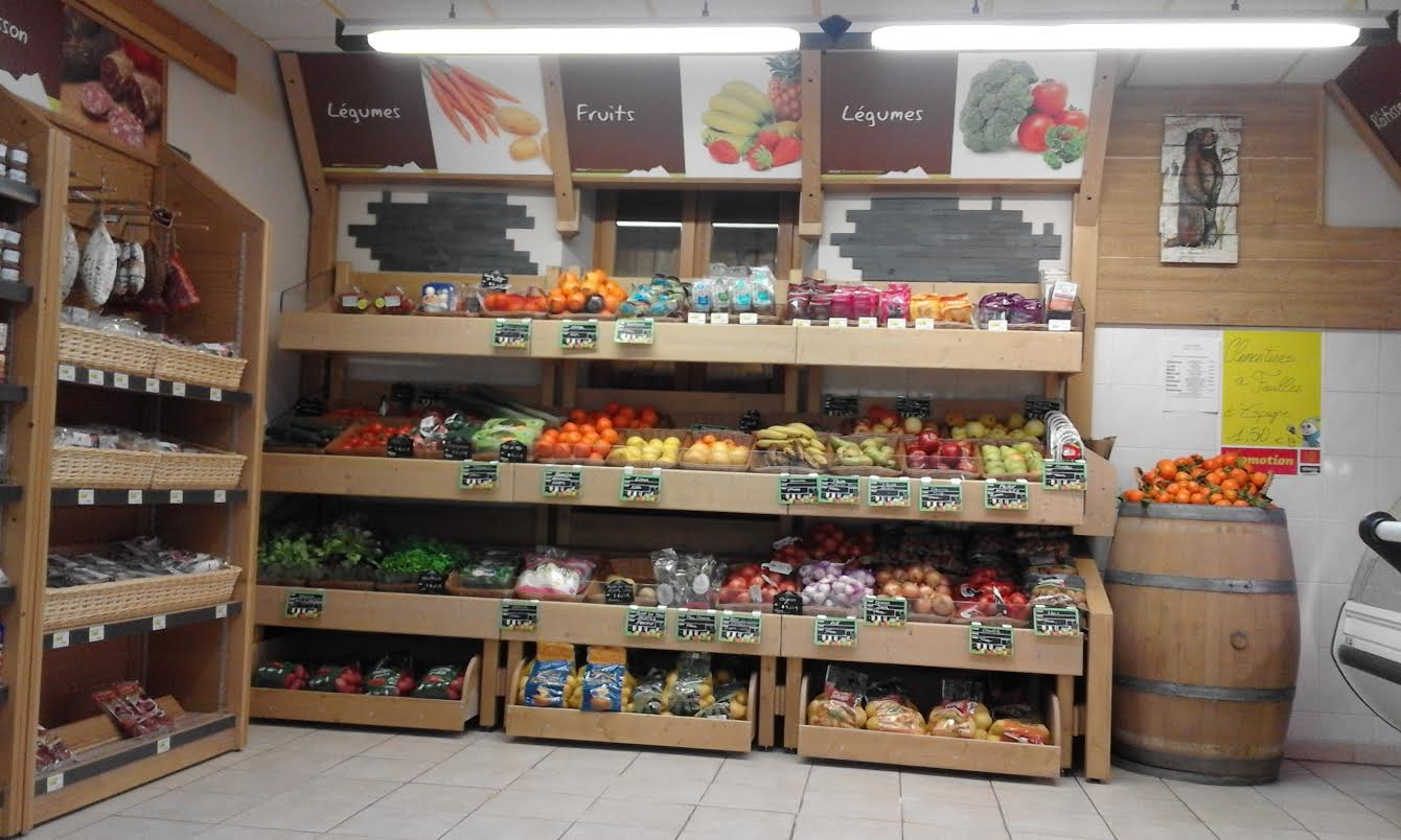 Sherpa supermarket Pralognan fruits and vegetables
