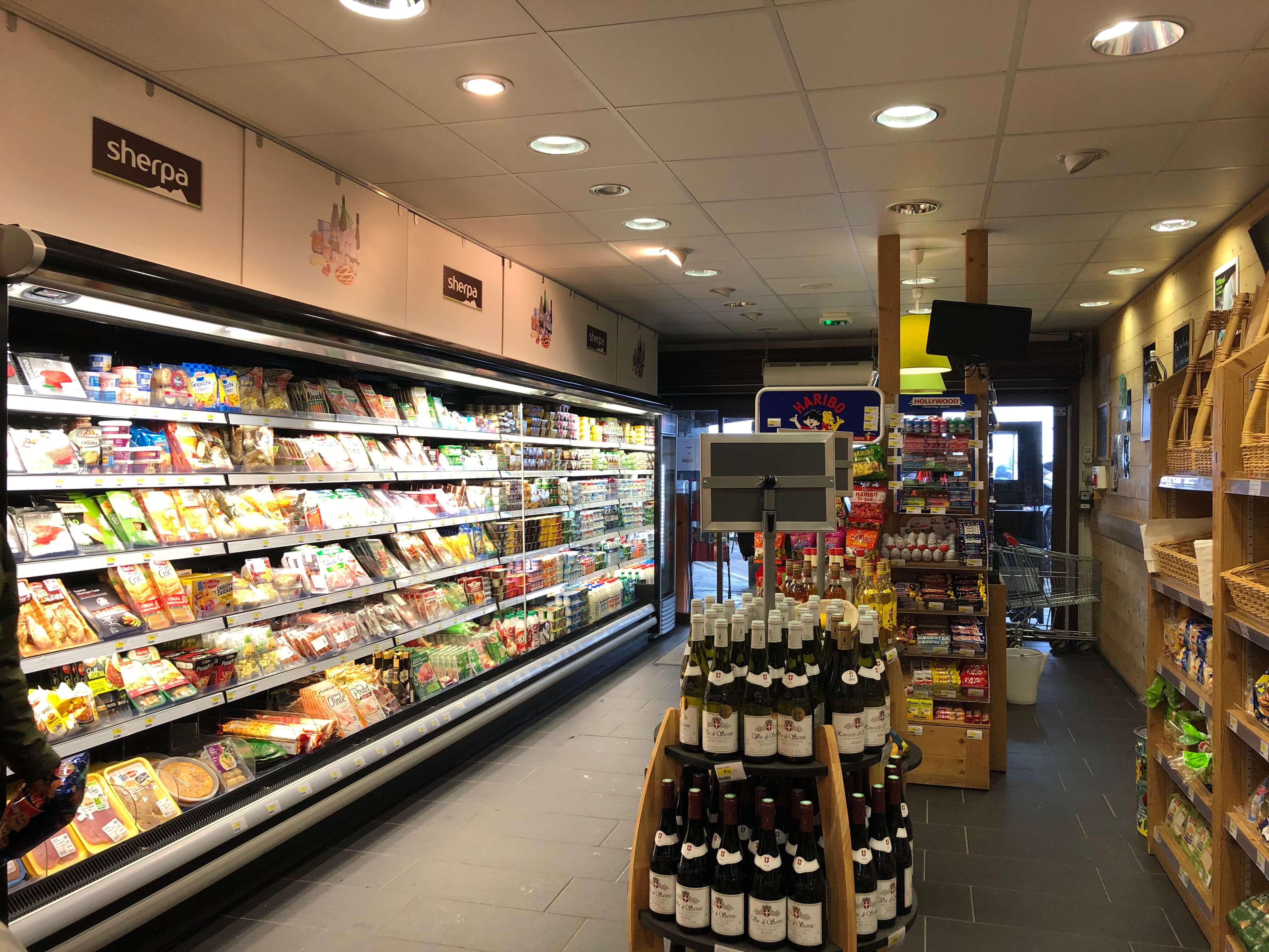 Sherpa supermarket Val Cenis - les champs fresh